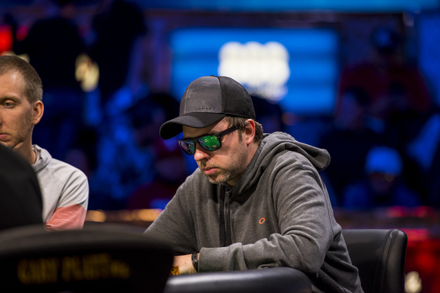 mario-lopez-wsop-2015-little